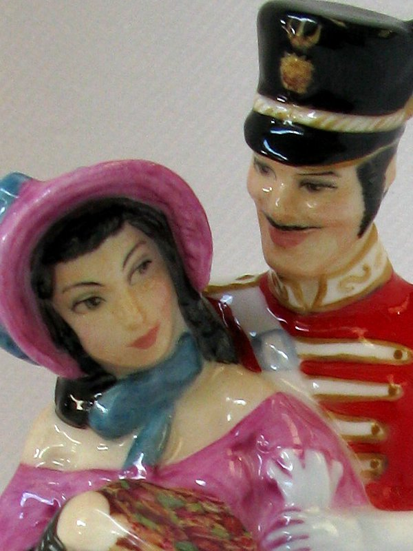 Royal Doulton Quality Street Couple In As New Condition